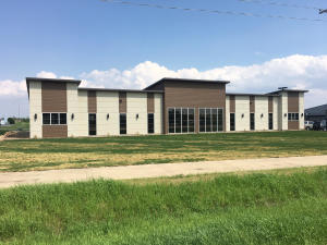 3425 Highway 71, A & B, Spirit Lake, IA 51360