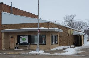225 3rd Street, Lakota, IA 50541