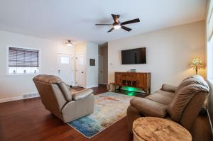 Homes For Sale at 861 33rd Street