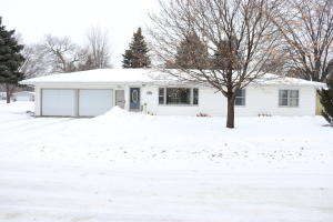 620 Elmwood Drive, Spencer, IA 51301