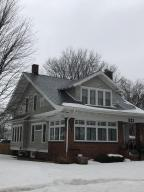 521 N 7th Street, Estherville, IA 51334