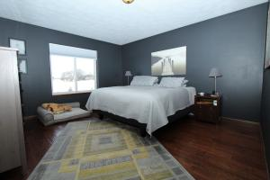 Homes For Sale at 902 33rd Street
