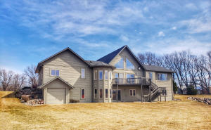 1001 Brooks N Lane, Okoboji, IA 51355