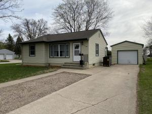 1108 N 13th Street, Estherville, IA 51334