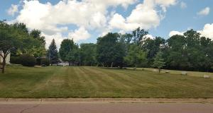 000 Grandview Drive, 30, Estherville, IA 51334