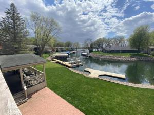 571 Sandy Lane, Arnolds Park, IA 51331