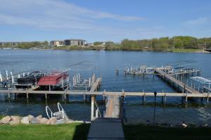 Homes For Sale at 250 Iowa Street #16