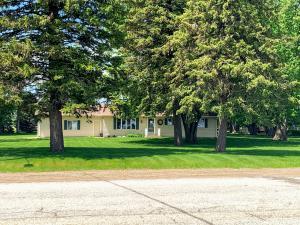 110 Hwy Ave SW, Fostoria, IA 51340