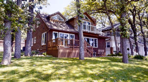 1705 Lake Shore Drive, Okoboji, IA 51355