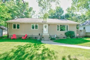 714 N 6th Street, Estherville, IA 51334