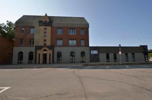20 West 6th St Spencer Iowa