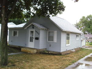 1902 N 6th Street, Estherville, IA 51334