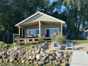 34369 Fairview Beach Lane, Ruthven, IA 51358