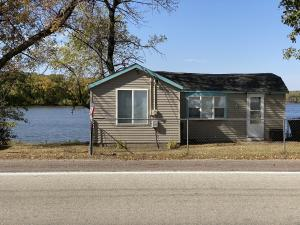 10575 240th Avenue, Spirit Lake, IA 51360