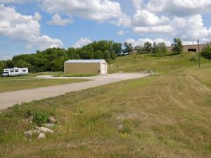 551 12th Ave SE, Valley City, ND 58072