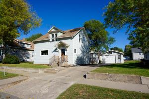 452 5th St NW, Valley City, ND 58072