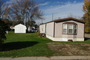 324 1st St Lot 11 NW, Ellendale, ND 58436