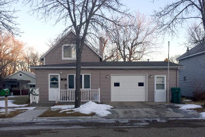 309 2nd St SE, LaMoure, ND 58458