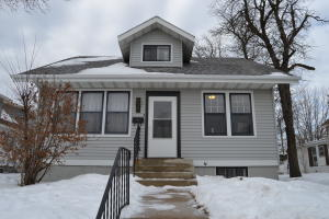 620 2nd Ave SW, Jamestown, ND 58401