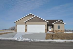 1941 Main St W, Carrington, ND 58421