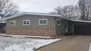640 9th Ave SW, Valley City, ND 58072
