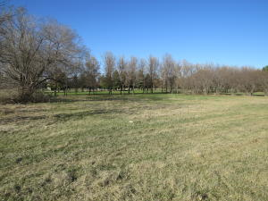 Bunker Road SE, Jamestown, ND 58401