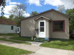 223 4th Avenue NW, Jamestown, ND 58401