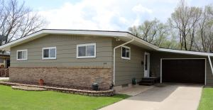 640 9th Avenue SW, Valley City, ND 58072