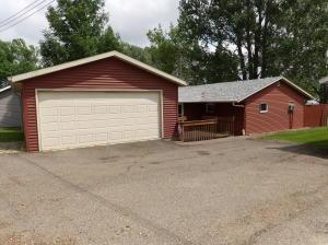 116 Lake Avenue E, Sibley, ND 58429
