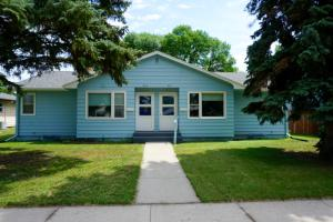 615 10th Avenue SW, Valley City, ND 58072