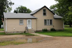 204 5th Avenue N, Buffalo, ND 58011