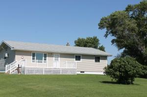 2763 ND-20, Jamestown, ND 58401