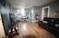 Living room 1 br apt