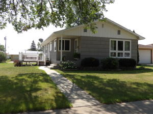 1023 5th Street SW, Valley City, ND 58072