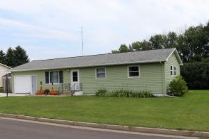 955 12th Avenue SW, Valley City, ND 58072