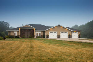 1585 75th Avenue SE, Pingree, ND 58476
