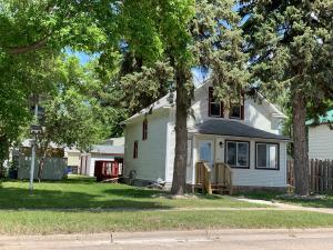 707 2nd Street NE, Jamestown, ND 58401