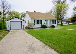 467 8th Street NW, Valley City, ND 58072
