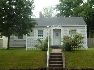 720 3rd Avenue SE, Jamestown, ND 58401