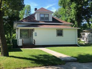 540 1st Street S, Carrington, ND 58421