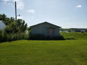 101 Jewetts Beach, Valley City, ND 58072