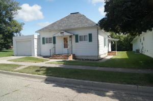 528 Main Street, Gackle, ND 58442