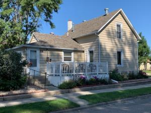 601 2nd Street SW, Jamestown, ND 58401