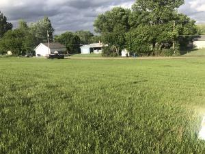 1402 6th Ave NW, Jamestown, ND 58401
