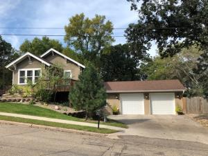 548 3rd Avenue SE, Valley City, ND 58072