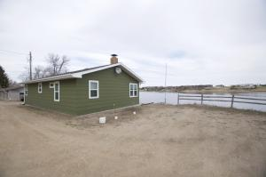 Property for sale at 3008 W Lakeside Road, Jamestown,  North Dakota 58401
