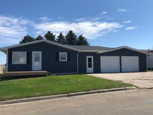 Property for sale at 1307 14th Avenue SW, Jamestown,  North Dakota 58401