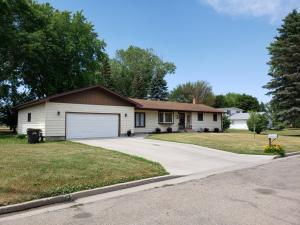 Property for sale at 1506 7th Avenue SE, Jamestown,  North Dakota 58401