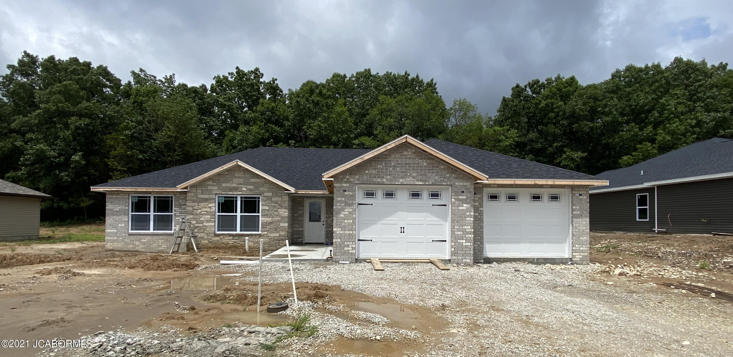 Photo of 307 DOVER DRIVE Holts Summit MO 65043