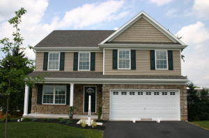116 LAKESIDE CROSSING, 124, MOUNT JOY, PA 17552